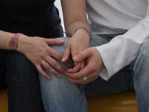 Мошенник подослал к любовнику «липового» мужа