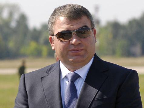 Зачем Сердюков приезжал к Путину в Питер?