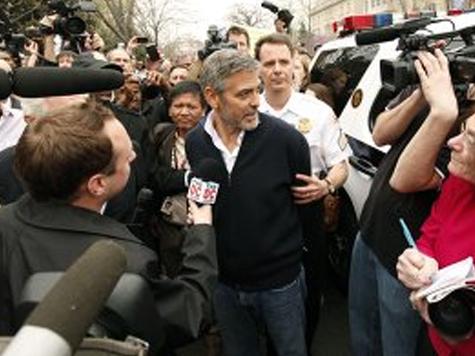Джорджа Клуни арестовали за участие в акции протеста