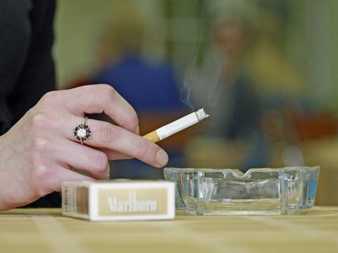 Пассивные курильщики болеют так же, как активные