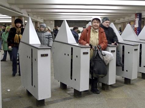 Пассажиров поздравит новый сотрудник метро