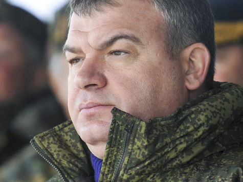 «Дело против Сердюкова никак не может повлиять на то, что вменяется Васильевой»