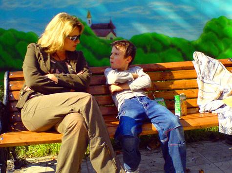 Маленький мальчик трахается с взрослой видео 3 фотография