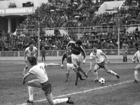 Скончался известный футболист Юрий Суслопаров
