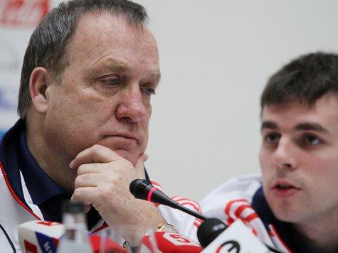 Адвокат хочет видеть Комбарова в обороне