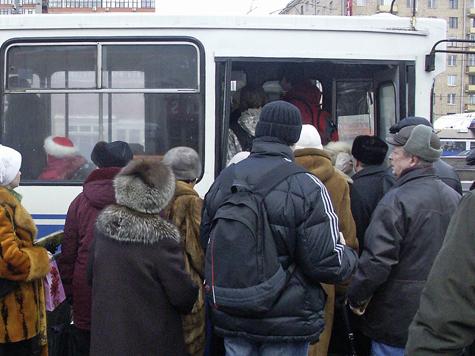 Москвичи побегут к автобусам по волнам