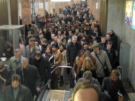 Пассажиров столичной подземки отследят по телефону
