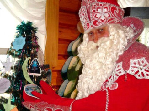 Деда Мороза уберегут  от влияния оппозиции