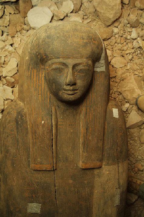 В Долине царей впервые за 90 лет обнаружена неразграбленная гробница. Открытие совпало с народным восстанием