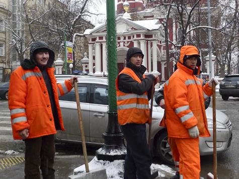 Россия начала нанимать «правильных» таджиков
