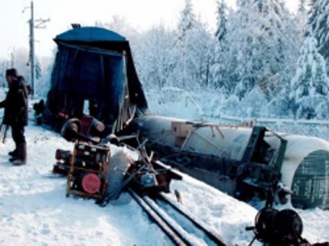 Движение на Транссибе парализовал бракованный вагон. ВИДЕО