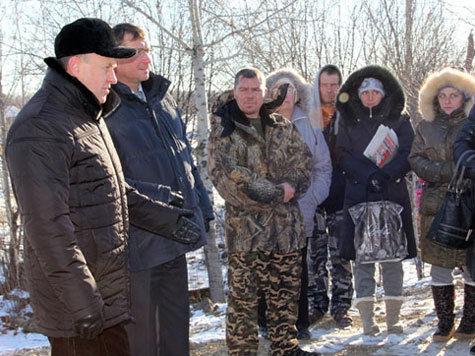 Жители села Ивановка попросили помощи в достройке дамбы