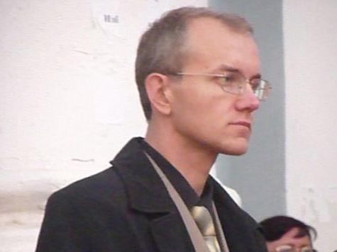 В Москве порезали ножом эсера Олега Шеина