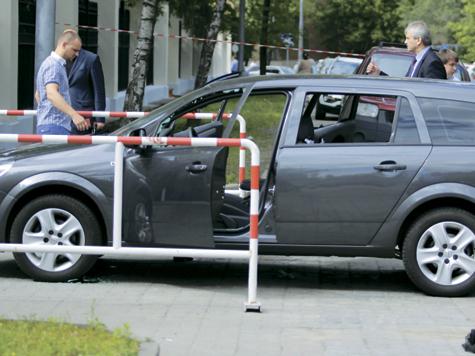 Автоледи расстреляли заодно с инкассаторами