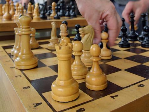 Шахматные сюжеты Евгения Гика