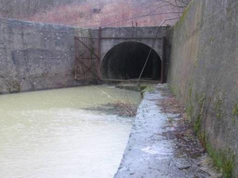 Следователи говорят о сливах на водохранилище