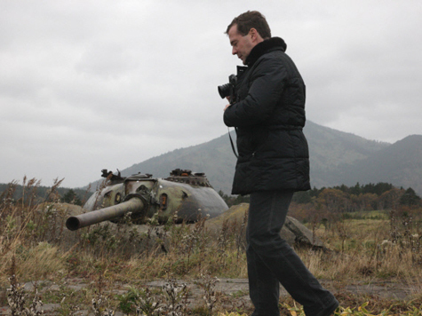 Медведев проникся безразличием к японцам