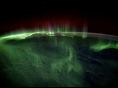 Красота Земли чуть не ослепила астронавтов. ВИДЕО