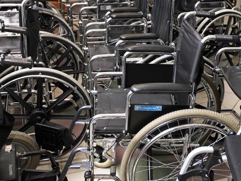 Инвалидам в метро выделят отдельные эскалаторы?