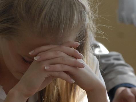 Девочка в суде защищала папу-насильника