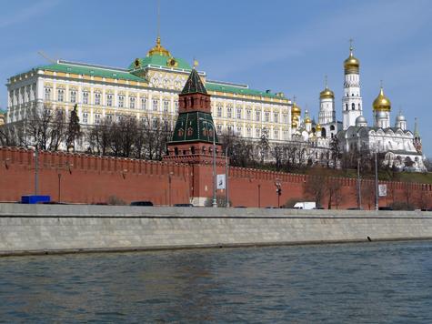 Форме охранников Кремля будут не страшны гвозди