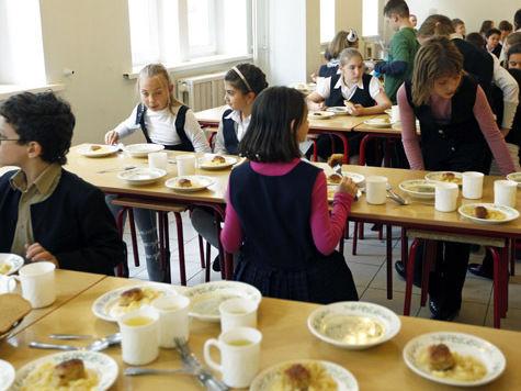 В ряде школ Москвы с 1 сентября меняется меню