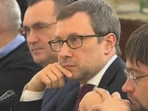 Алексей Чеснаков рассказал о «просиживании штанов» в «Единой России»