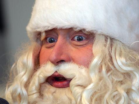 Дед Мороз поставил Пьера Ришара на стул