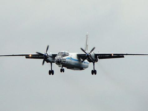Российский Ан-30 загорелся при посадке в Чехии
