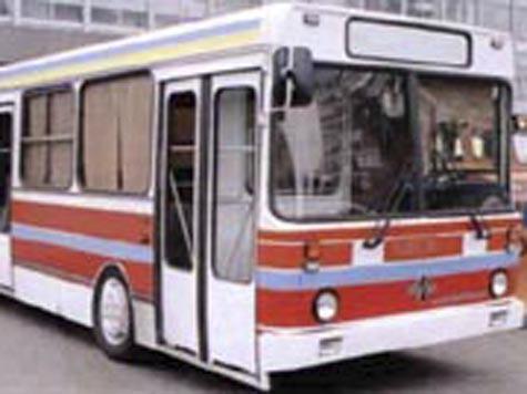 По материалам: NewsProm.Ru.  В День Победы в Тобольске поменяют схему движения автотранспорта.