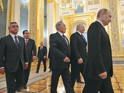 Путин провел первый международный саммит