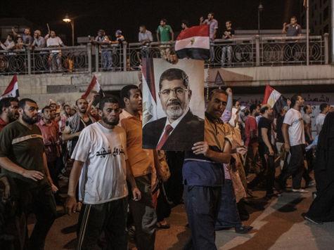 В Египте вводится чрезвычайное положение
