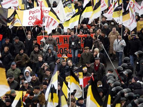 По Москве прокатятся марши