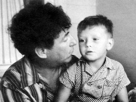 как познакомить сына с его отцом