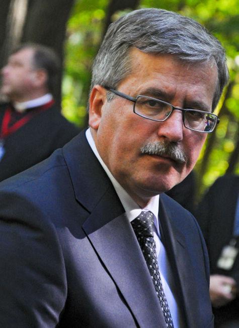 Польский президент Коморовский извинился перед Россией