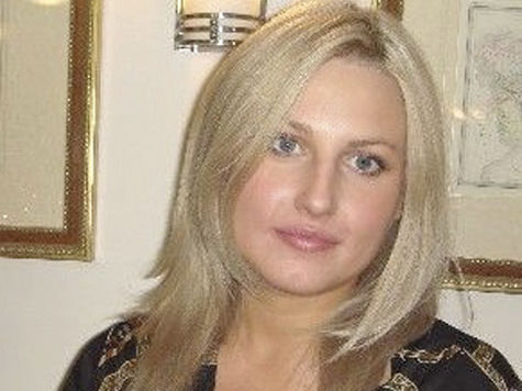 В гибели ребенка под колесами обвинили маму и коммунальщиков