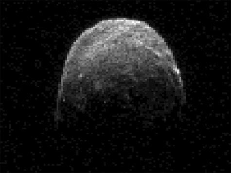 К Земле приближается громадный черный астероид (ФОТО)