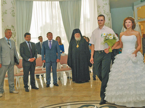 Как губернатор на свадьбе гулял