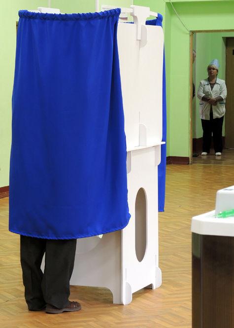 Скукоженные выборы. Как власть забор из запретов городила