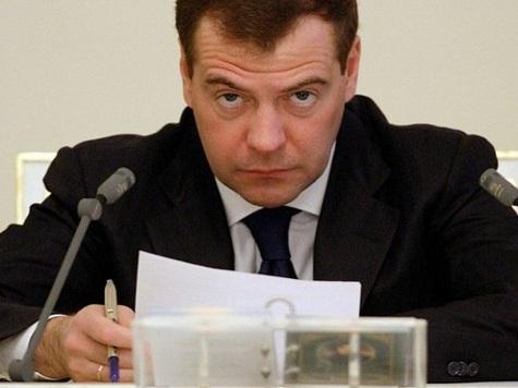 Медведев рассказал, зачем выслали таджиков