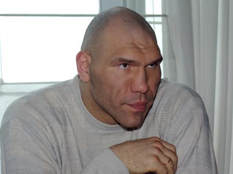 Валуев вывезет из Госдумы макулатуру