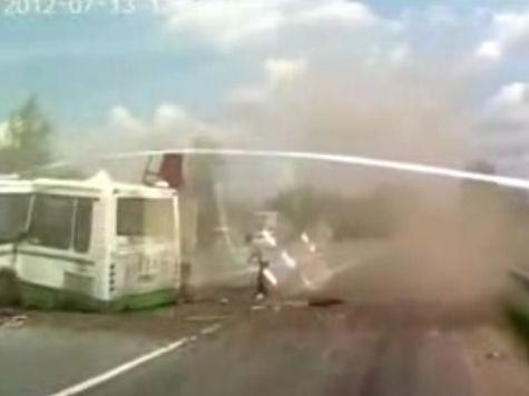 Владелец «КамАЗа»: виновник гибели 18 человек в ДТП в новой Москве зарабатывал деньги на надгробие для сына