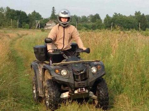 Подросток разбился наквадроцикле, катая друзей