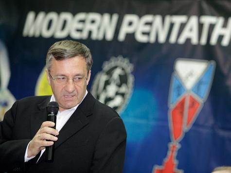 Валерий Виноградов возглавил Федерацию пятиборья Москвы