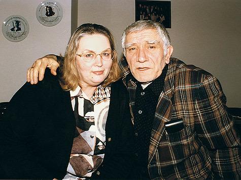 Ջիգարխանյանն ինձ շարունակ դավաճանել է. Արմեն Ջիգարխանյանի նախկին կնոջ առաջին հարցազրույցը