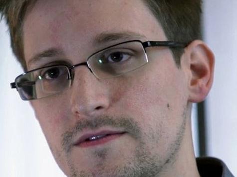 Вместо полета на Кубу Сноуден созвал пресс-конференцию в Шереметьево