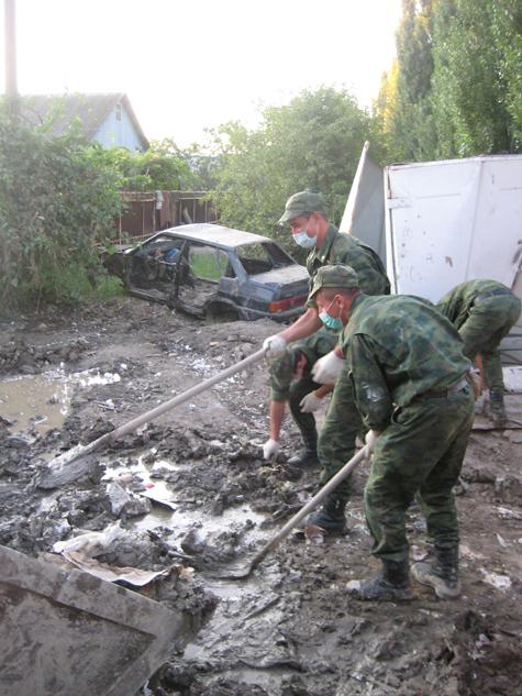 Военная операция в затопленном Крымске