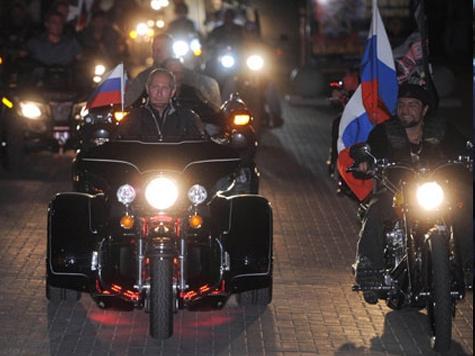 Премьер подал дурной пример мотоциклистам