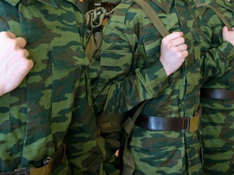 Старлей наказал солдата табуреткой за глаза