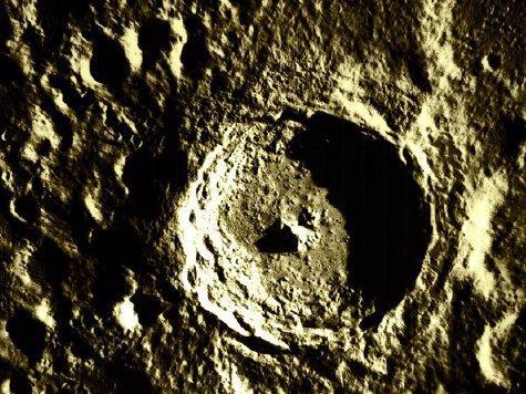 На Луне зафиксирована вулканическая активность
